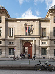 Efl sciences po university in paris